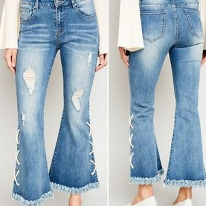 Hayden Bell Bottom Lace Up Jeans Large